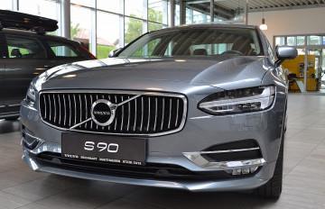 Volvo S90 D4 AWD Inscription Geartronic Inscription bei Neu und Gebrauchtwagen – 4310 Mauthausen, Oberösterreich – Autohaus Reichhart in Ihre Fahrzeugfamilie