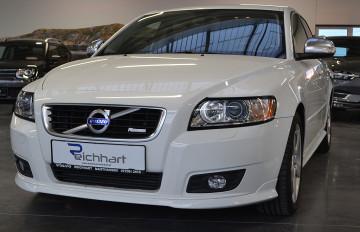 Volvo V50 D2 R-Design Edition bei Neu und Gebrauchtwagen – 4310 Mauthausen, Oberösterreich – Autohaus Reichhart in Ihre Fahrzeugfamilie