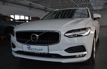 Volvo V90 D3 Momentum bei BM    J.Reichhart GmbH in