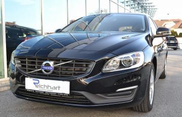 Volvo V60 D2 Kinetic bei BM || J.Reichhart GmbH in