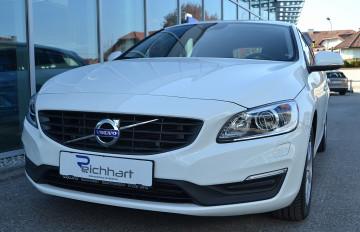 Volvo V60 D2 Kinetic bei BM    J.Reichhart GmbH in