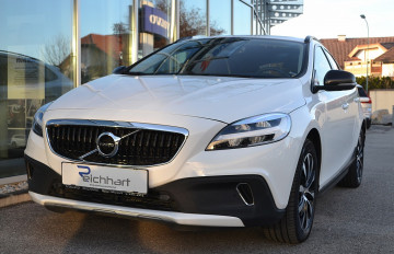 Volvo V40 Cross Country D2 Cross Country Edition Geartronic bei BM || J.Reichhart GmbH in