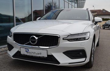 Volvo V60 D3 AWD Momentum Geartronic bei BM || J.Reichhart GmbH in