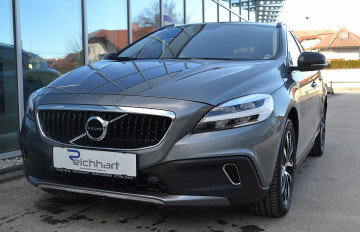 Volvo V40 Cross Country D3 Cross Country Edition bei BM || J.Reichhart GmbH in