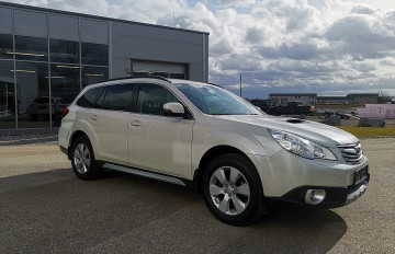 Subaru Outback Touring Wagon 2,0 D Comfort AWD bei BM || J.Reichhart GmbH in