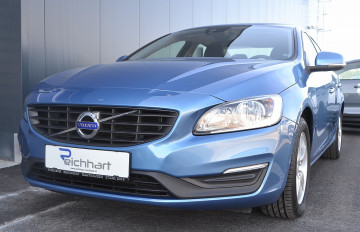 Volvo S60 D3 Kinetic bei BM || J.Reichhart GmbH in