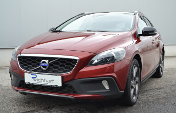 Volvo V40 Cross Country D3 Summum bei BM || J.Reichhart GmbH in